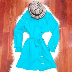 The Limited Light Weight Trench Coat Size Sm NWT